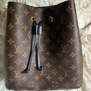 Louis Vuitton NeoNoe bag.